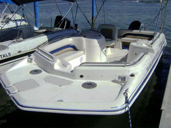 20 Hurricane Deck Boat 201 2