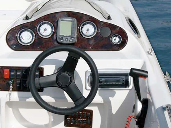 23-Hurricane-Deck-Boat-1
